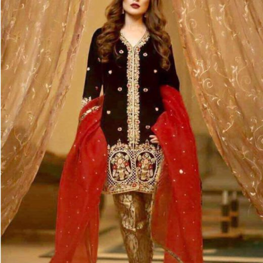 Zainab Chottani Velvet Collection